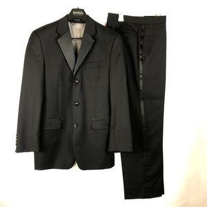 Calvin Klein Wool Tuxedo 2 pc Suit 36R 30W 30L